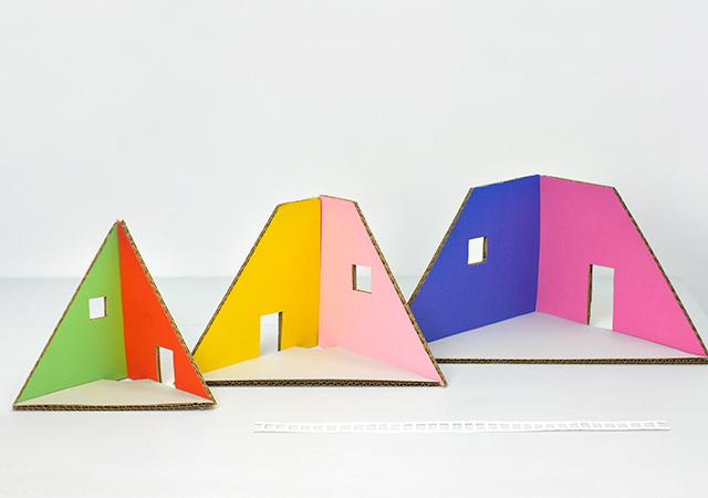 mrprintables-how-to-make-christmas-tree-cardboard-dollhouse-3